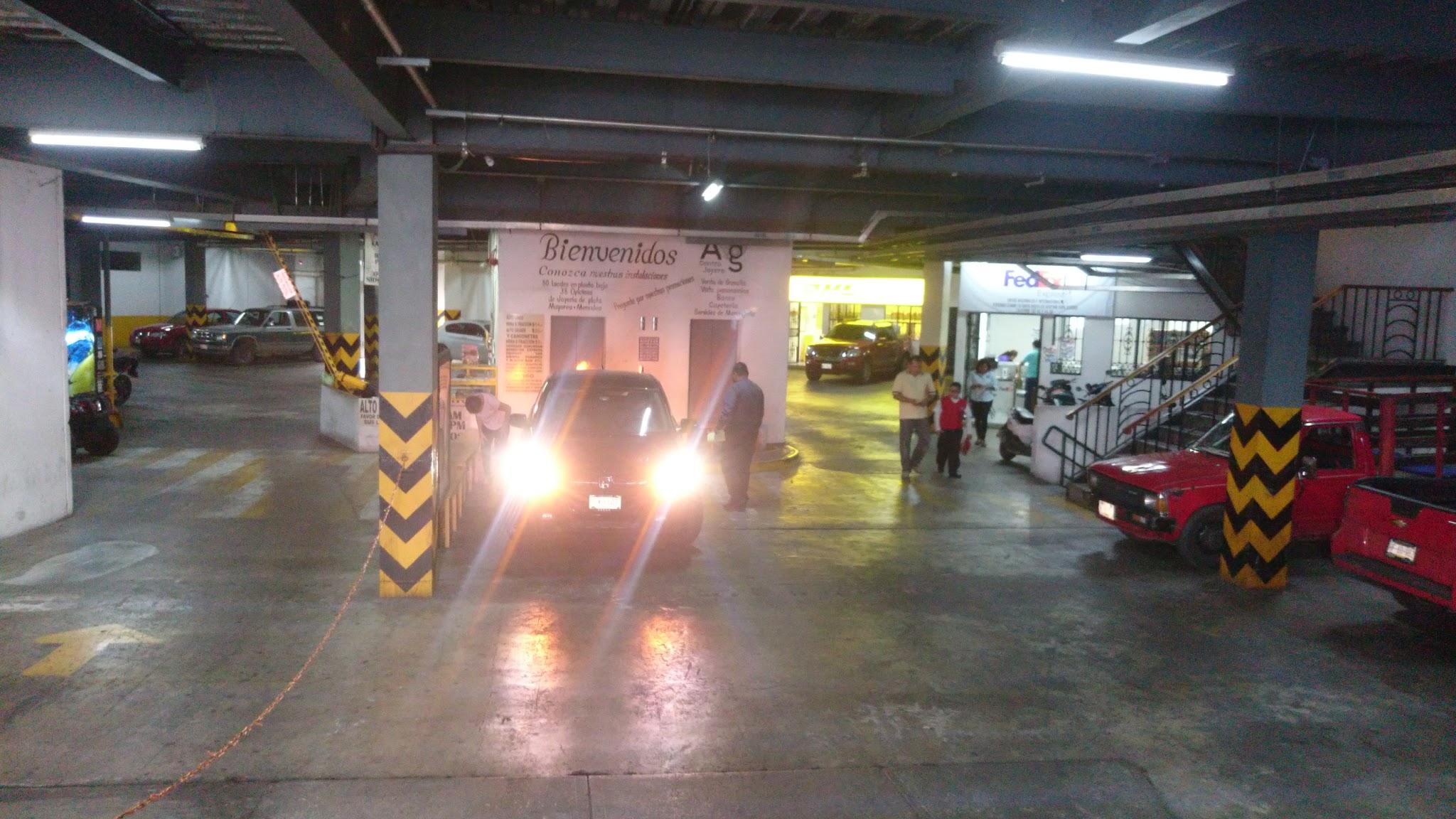 Foto de estacionamiento